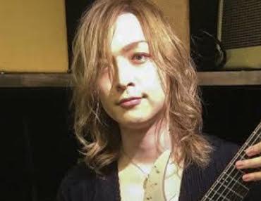 Leda(神バンド)の顔画像