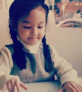 ナヨンの子供の頃の画像