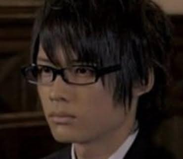 松村北斗のかわいいメガネ画像