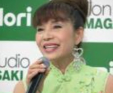 中森明菜の母親千恵子の画像